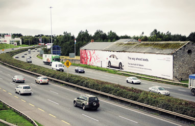 Giant-Advertising-Banners