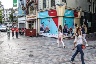 4D_Shopfront-Advertising